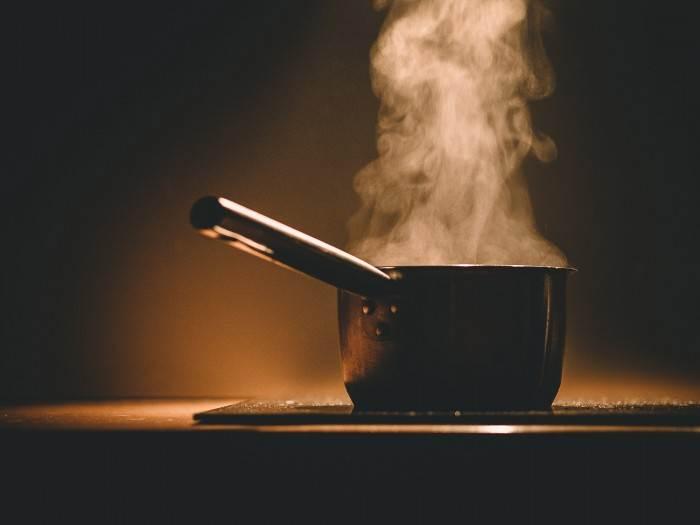 פשטידת אטריות וגבינה